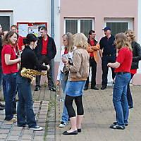 2010-05-01-Maibaumaufstellen_002