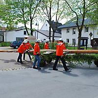 2010-05-01-Maibaumaufstellen_030