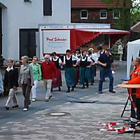2010-05-01-Maibaumaufstellen_037