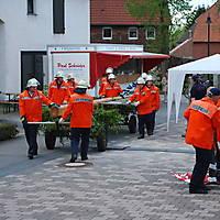 2010-05-01-Maibaumaufstellen_041