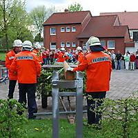2010-05-01-Maibaumaufstellen_043