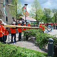 2010-05-01-Maibaumaufstellen_045