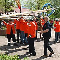 2010-05-01-Maibaumaufstellen_054