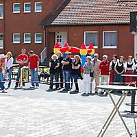 2010-05-01-Maibaumaufstellen_062