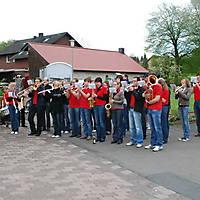 2010-05-01-Maibaumaufstellen_079