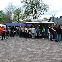 2010-05-01-Maibaumaufstellen_087