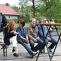 2010-05-01-Maibaumaufstellen_100