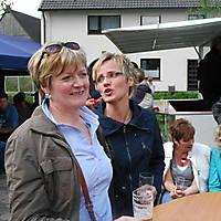 2010-05-01-Maibaumaufstellen_111