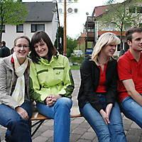 2010-05-01-Maibaumaufstellen_113